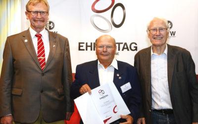 Kurt Wessel für langjähriges ehrenamtliches Engagement geehrt